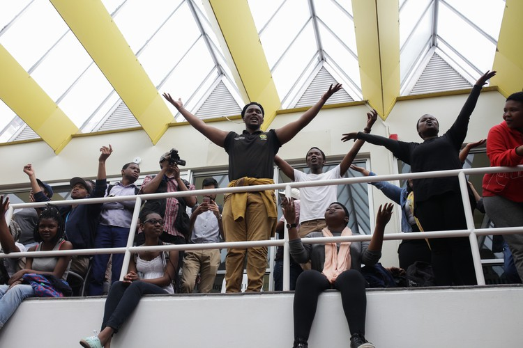 Photo of student protesters
