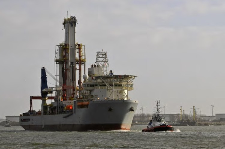 Photo of typical drilling ship