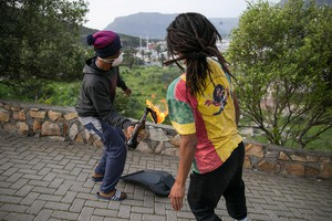 Hangberg protesters clash with police
