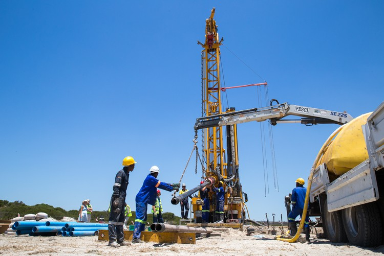 Photo of drilling into Cape Flats aquifer