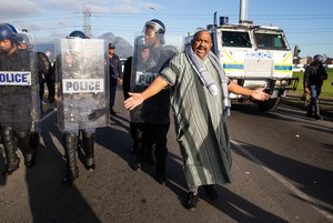 Bonteheuwel protest against gang violence and crime