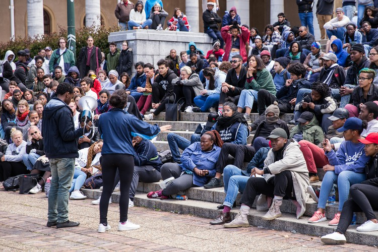 Photo of students meeting on UCT