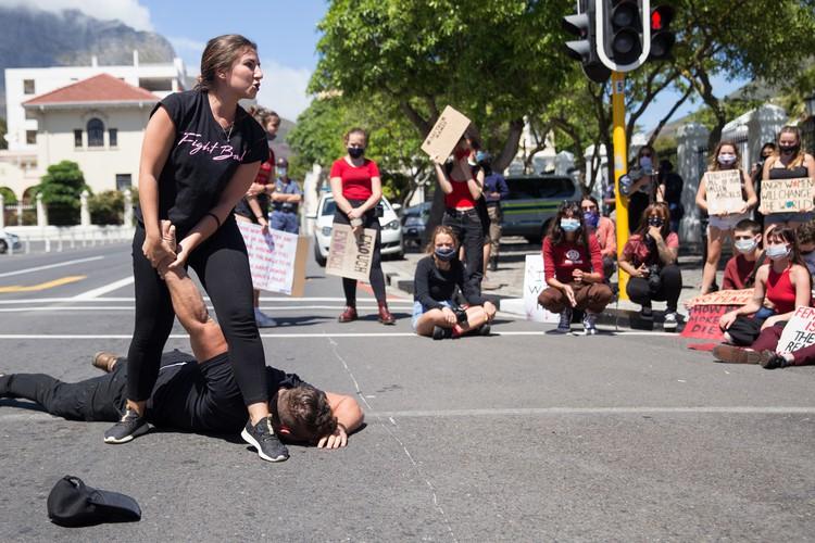 Nicole Mirkin and Ahren Posthumus of SA Women Fight Back demonstrate defensive Krav Maga techniques. Photo: Ashraf Hendricks