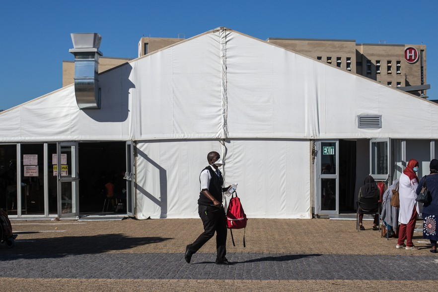 A tent has been erected outside Mitchells Plain Hospital, where patients are screened for Covid-19 before entering the facility.