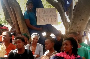 Photo of women workers protesting at UWC in February.