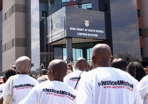 Photo of people protesting outside Polokwane High Court