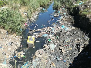 Photo of litter in river