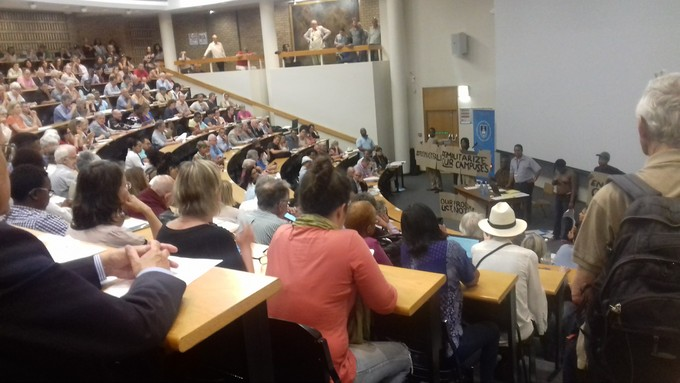 Photo of UCT convocation meeting