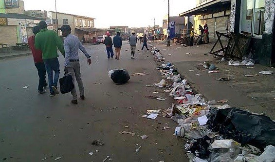 Photo of rubbish in street
