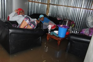 Photo of flooded shack