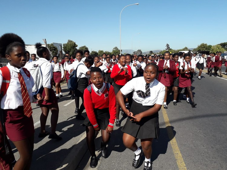 Protest shuts down overcrowded school