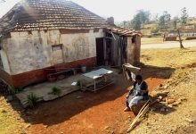 Annacleta Zungu sitting outside her house. Picture by Ntombi Mbomvu.