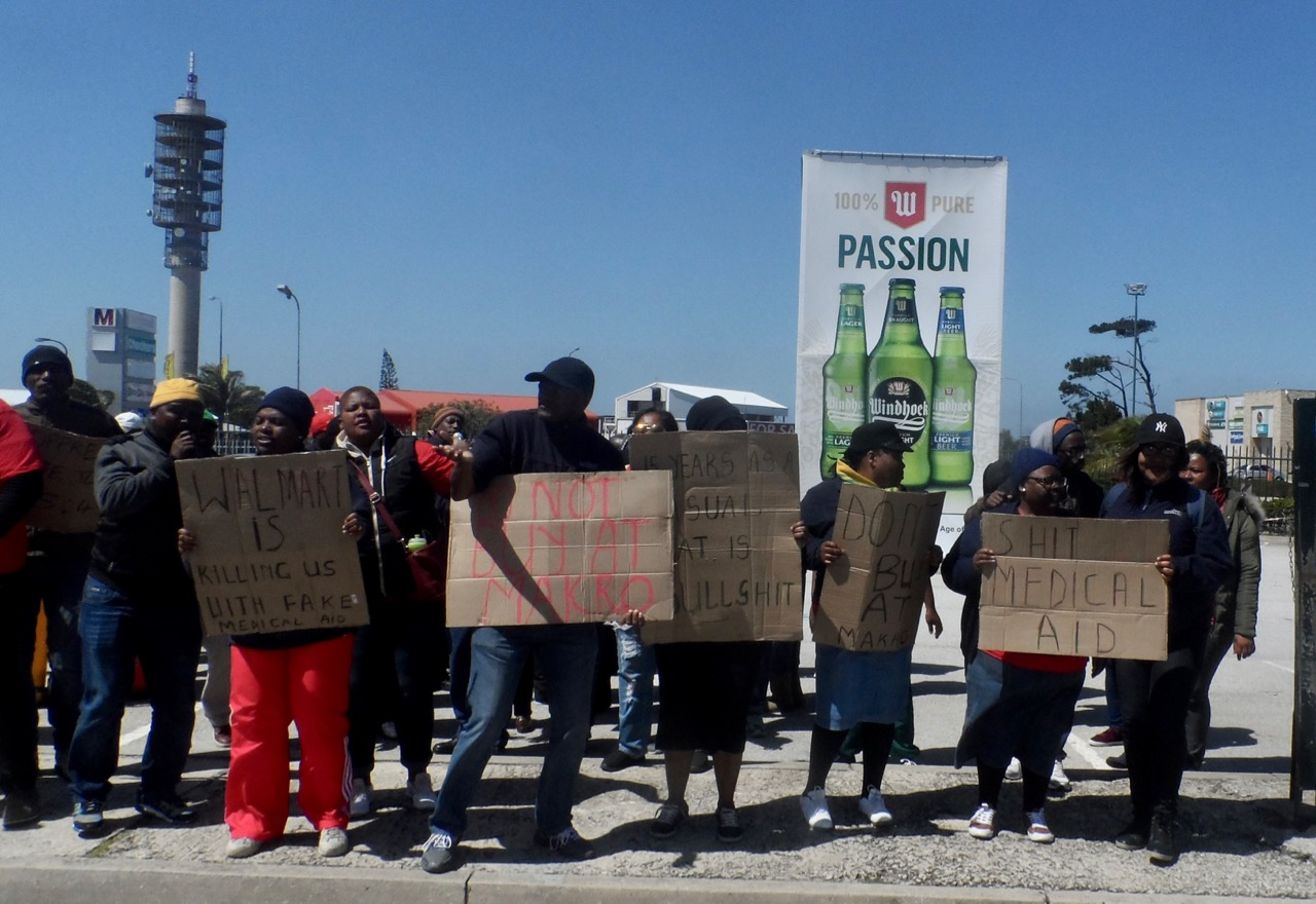 Makro workers picket in port elizabeth groundup dispute over remuneration colourmoves