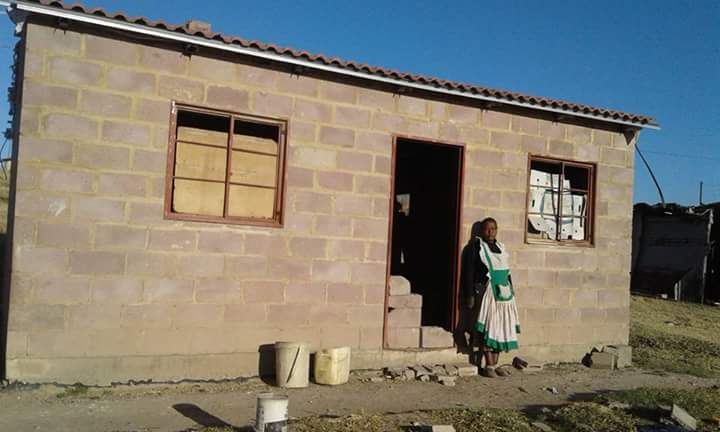 Mount Frere residents occupy unfinished RDP houses | GroundUp